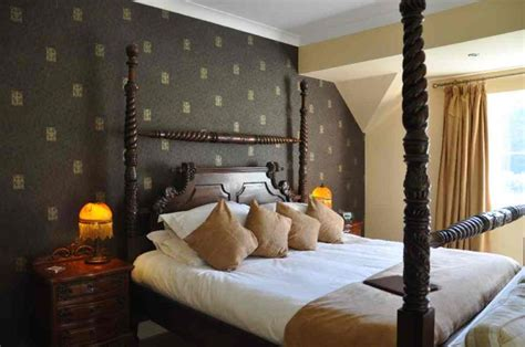 pcl reserve a room conwy 5 b b sychnant pass house wales