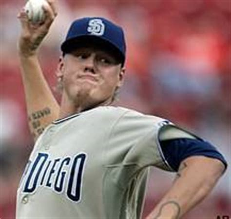 mat latos tattoos pin mat latos has a family on his right leg