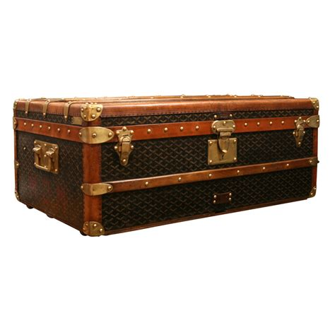 steamer trunk bench steamer trunk end table interior home design how to