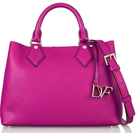 Bag The Look Save Some Bucks by Bag For Your Buck 17 Bags That Look More Expensive Than