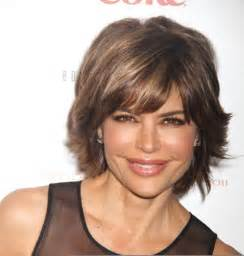 insruction on how to cut rinna hair sytle achieve lisa rinna hair cut step by step