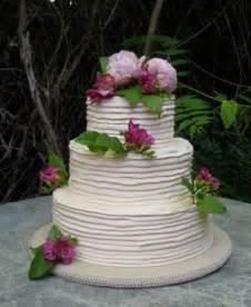 wedding cake frosting buttercream wedding cakes best of cake