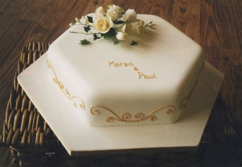 Simple Wedding Cake Images by Simple Wedding Cake Image