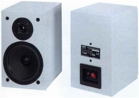 nht superone bookshelf speakers review and test