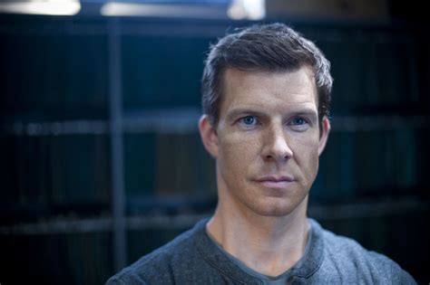 5 Photos Eric Mabius by Tv Review Outcasts Series 1 Episode Five Assignment X