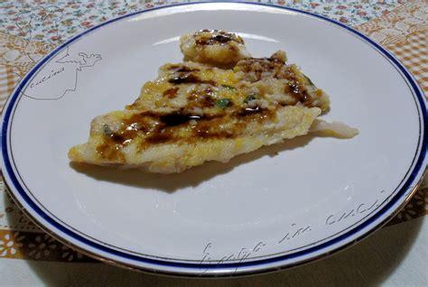 come cucinare platessa filetti di merluzzo con pomodori e patate ricetta