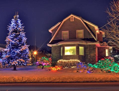 homes decorated for christmas outside byron house snow comp jpg 7195 the wondrous pics