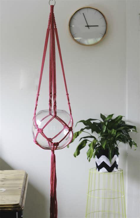 Modern Plant Hanger - modern macrame plant hanger felt