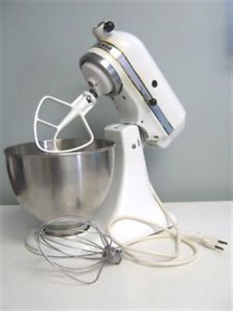 KitchenAid stand mixer K45 works, LEAKS OIL FOR REPAIRS OR