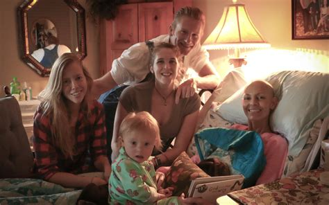 joey feek cancer update joey confined to bed but all smiles in new photo with daughter