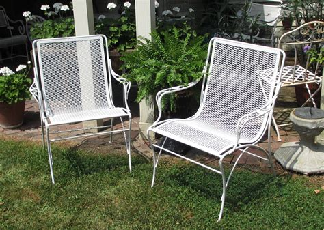 Metal Patio Chairs Set Of 2 Metal Patio Arm Chairs Bertolinico