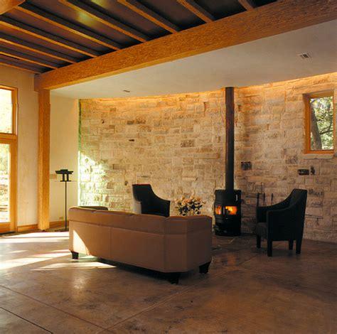 Inspiration Natursteinmauer Im Wohnzimmer Bild 9