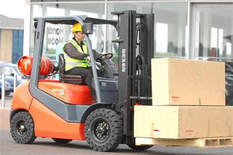 Warehouse Forklift Operator by Dartford Workers Recruitment Agency
