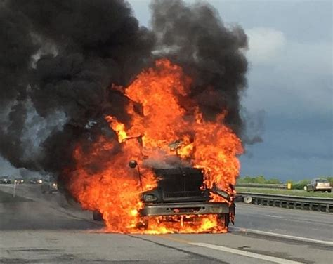 plain dealer metro section truck fire closes section of ohio 422 near solon