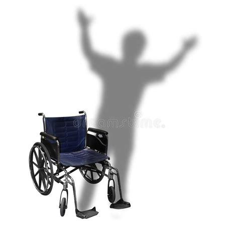 marche d homme d ombre de fauteuil roulant d handicap