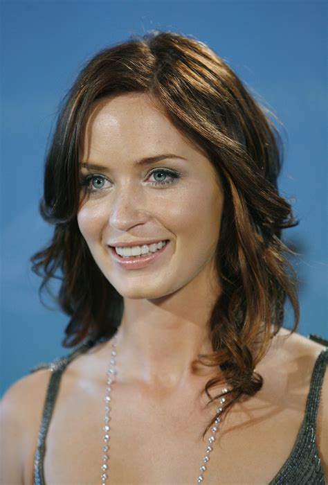 Emily Blunt Biography Emily Blunt S Famous Quotes Sualci Quotes