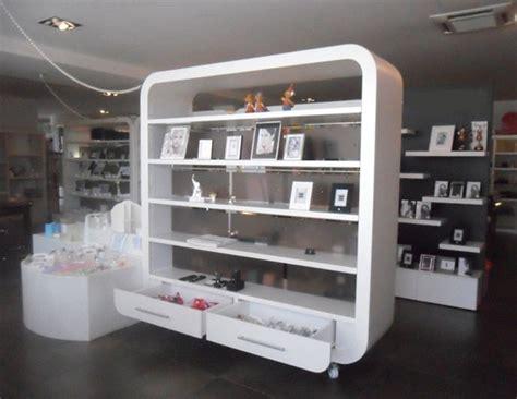 cerco arredamento negozio abbigliamento arredamenti negozi abbigliamento sicilia vendo