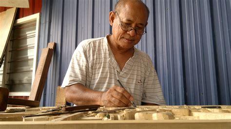Ukir Handel Keris Kayu Awar Awar ukiran kayu ukiran tradisional dari daerah besut terengganu
