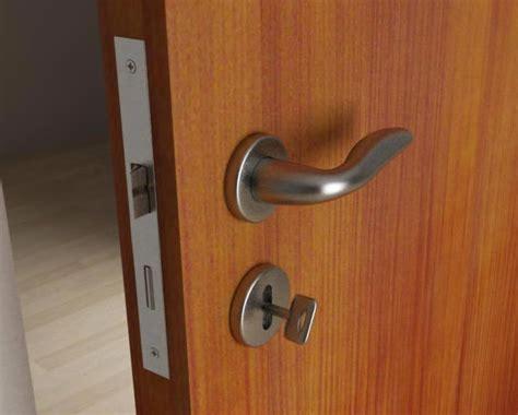 aprire porta chiusa a chiave sostituire la serratura di una porta interna casa servizi