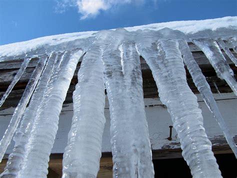 biggesy iclecles icicle season