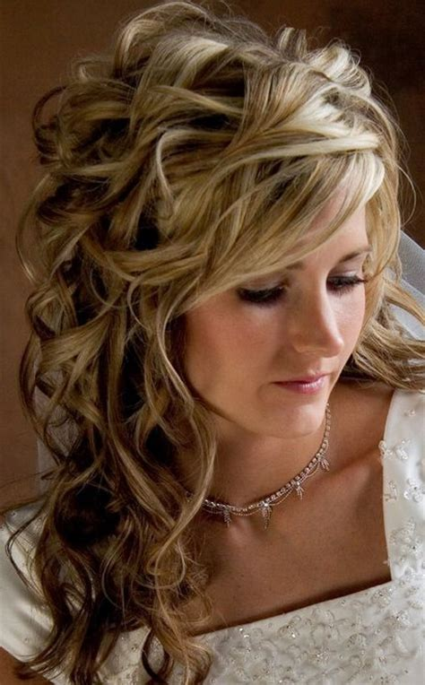 Bridal Hairstyles For Medium Length Hair by Wedding Hair Styles For Medium Length Hair