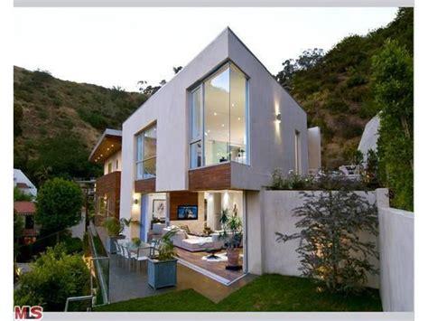 hugh hefner house crystal harris home hugh hefner buys 5 million house for young wife photos huffpost