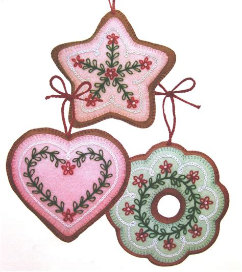 wool felt cookie christmas tree ornaments vintage sewing