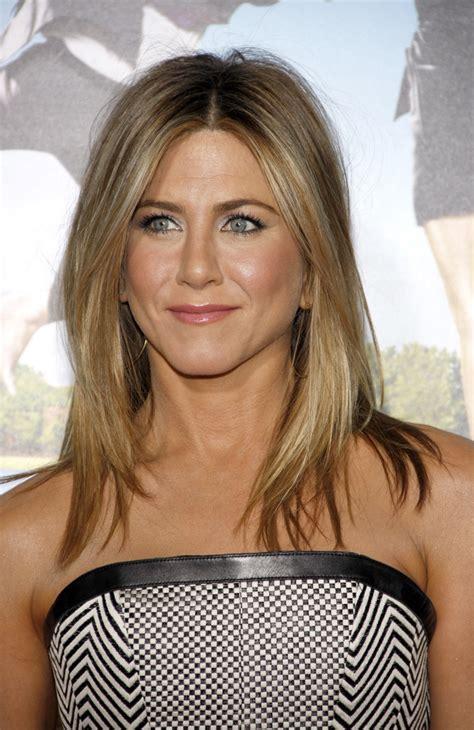 light brown shoulder length hair best medium length hairstyles medium hairstyles for women