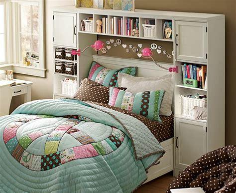 small teen bedroom ideas 110 prima ideen jugendzimmer einrichten 17347   jugendzimmer einrichten viele bunte kissen