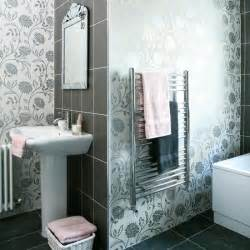 pics photos popular bathroom wallpaper border designs