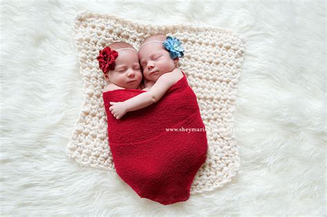 Twin Sisters Shington Dc Newborn Photographer