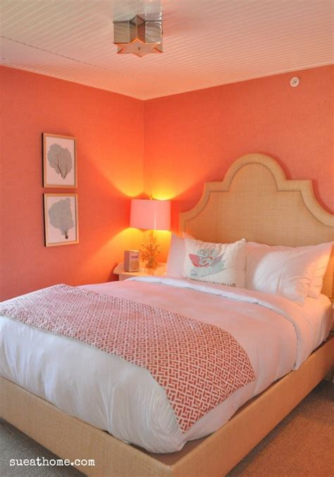coral bedroom walls 25 best ideas about coral walls on pinterest coral