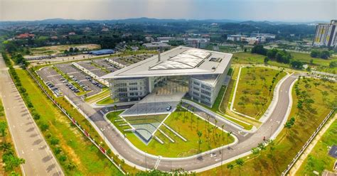 filmmaking university in malaysia university of reading unveils new cus in south east