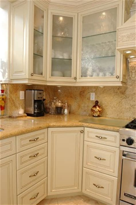 Paint Grade Kitchen Cabinets by Paint Grade Cabinets Malibu Style Doors Antiqued Cream