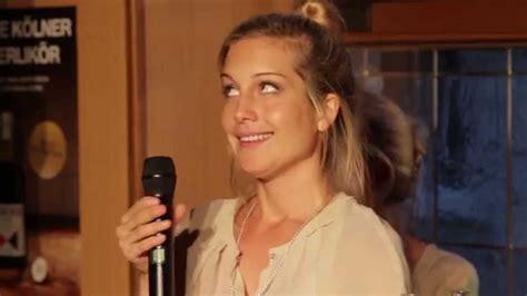 Susanna Schumacher by Die Gro 223 E Show Des Kleinen Ungl 252 Cks Mit Susanna Ohlen