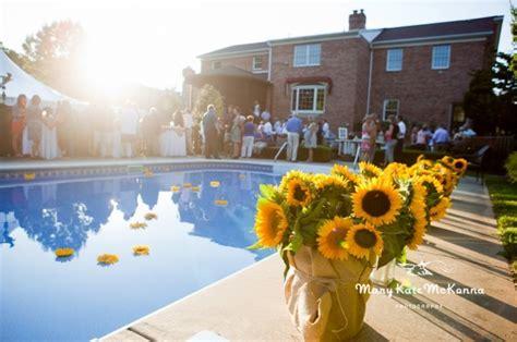 Backyard BBQ Reception: Kim   Ron   Mary Kate McKenna Photography MKMcKenna.com   Backyard BBQ