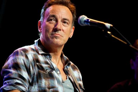 biography adele en ingles bruce springsteen biograf 237 a famous people in english