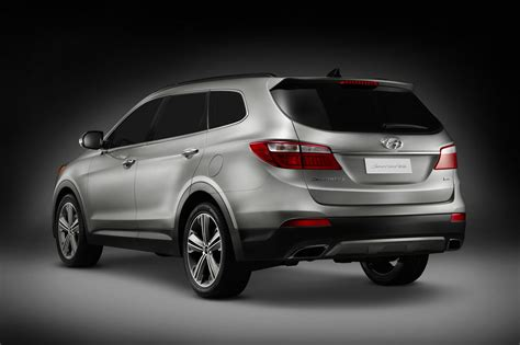 2013 Hyundai Suv by All New 2013 Hyundai Santa Fe Cuv Suv Pictures And Details