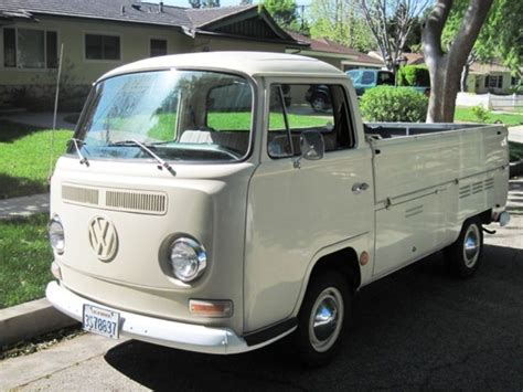vintage volkswagen truck vw transporter truck my dad had a red one of these and i