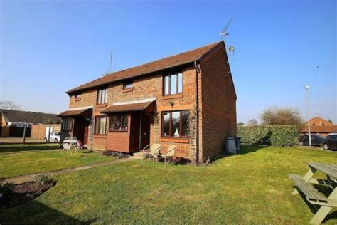 1 bedroom house for sale 1 bedroom semi detached house for sale in cobb