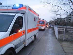 Rettungsgasse Aufkleber Ffh by Feuerwehr Walldorf Retten L 246 Schen Bergen Sch 252 Tzen