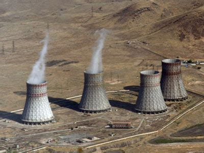 backyard nuclear reactor the next 16 nuclear power plants that will be built in
