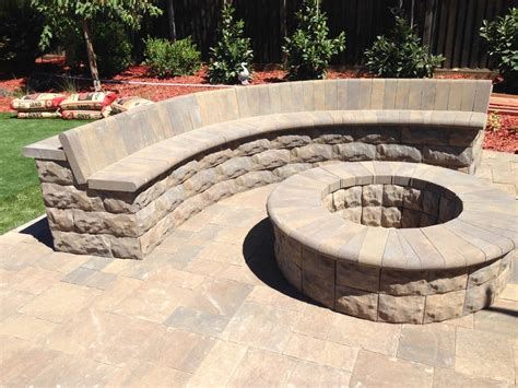 belgard belair pit sitting wall with bull