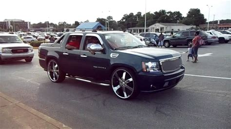 Cadillac Avalanche by Cadillac Dts On 22 Lexani S And Chevrolet Avalanche On
