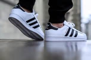 Hombres De Las Adidas Originals Superstar Foundation Zapatos Collegiate Armada Corriendo Blanco B27163 Zapatos P 557 by Comprar Barato Adidas Zapatos Mujer Hombre 50 Descuento