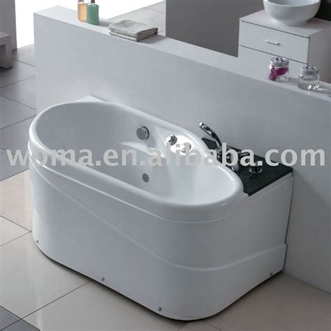 piccola vasca da bagno vasche da bagno piccole leroy merlin theedwardgroup co