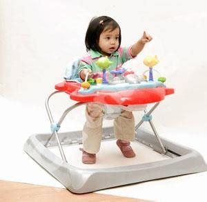 Pagar Pengaman Bayi Tangga penyebab bayi bisa terjatuh