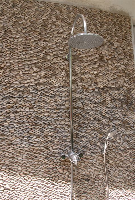 31 great ideas and pictures of river rock tiles for the