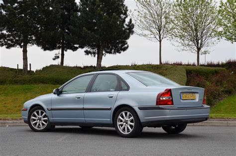 books on how cars work 2012 volvo s80 user handbook file volvo s80 2 4t 2002 blue rear jpg wikimedia commons