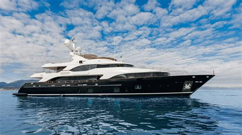 yacht checkmate layout 1 8m price cut on benetti motor yacht checkmate boat